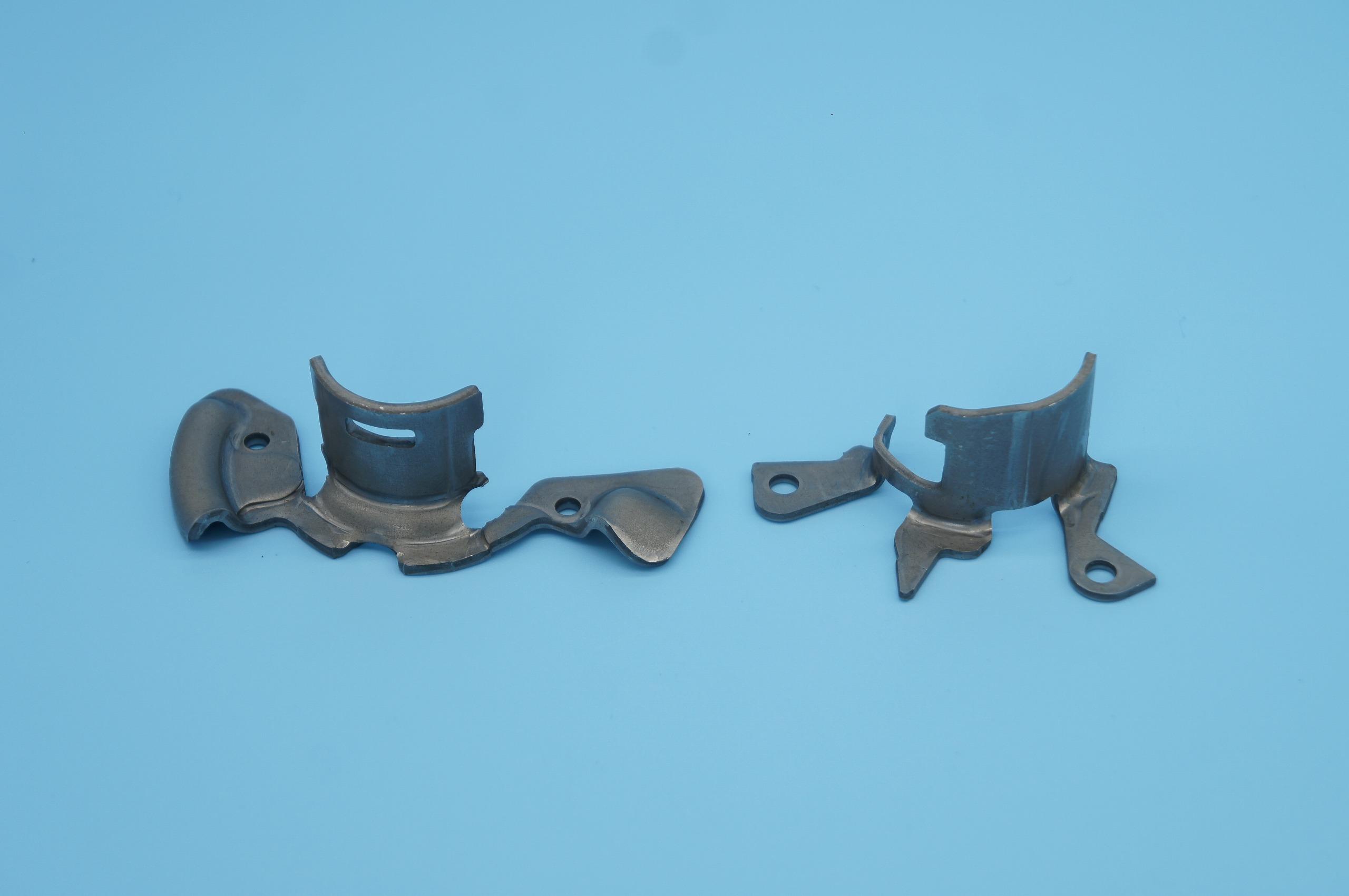 フックスプリング(ハイテン材)|リクライニングシート部品|プレス加工と金型の設計・製作でチャレンジを続ける会社|株式会社フクヤマ